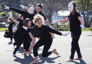 extra-curricular activities include drama and theatre at North East Valley Normal School